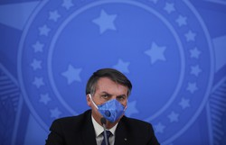 Rejeição a Bolsonaro bate recorde, mas base se mantém, diz Datafolha (Foto: Sergio LIMA / AFP)