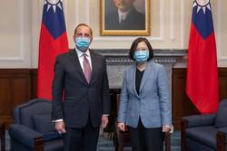 Presidente de Taiwan recebe secretário de Saúde dos EUA e irrita a China (Foto: Handout / Taiwan Presidential Office / AFP)