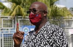 Partido do atual governo vence eleições em Trinidad e Tobago (Foto: STR/AFP)