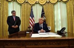 Trump limita imunidade de plataformas de redes sociais, como Twitter e FB (Foto: Brendan Smialowski/AFP)