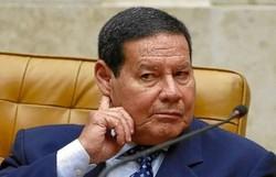 """Mourão sobre a suspeita de interferência na PF: """"Não dá em nada"""" (Foto: Sérgio Lima / AFP)"""