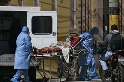 Covid-19 aumenta escassez mundial de cilindros de oxigênio, segundo a ONU (Essa carência provocou várias mortes evitáveis e obrigou as famílias dos pacientes hospitalizados a pagar mais para garantir o acesso ao oxigênio. Foto: Orlando SIERRA / AFP)