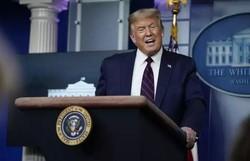 Neil Young vai processar Trump por usar suas músicas em comícios (Foto: Drew Angerer / GETTY IMAGES NORTH AMERICA / Getty Images via AFP)