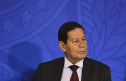 'Sem comentários', diz Mourão após Bolsonaro afirmar que precisa aturá-lo (Valter Campanato/AB)