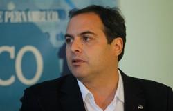 Paulo Câmara cobra ao governo federal pagamento da renda básica (Foto: Thalyta Tavares/Esp. DP)