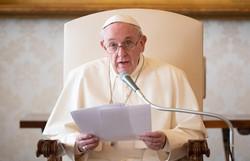"""Papa adverte novos cardeais sobre a tentação de sentir-se uma """"eminência"""" (FOTO: Handout / VATICAN MEDIA / AFP)"""