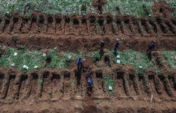 Covid-19: Brasil ultrapassa 95 mil mortes e se aproxima de 3 milhões de casos (Foto: Nelson Almeida/AFP )