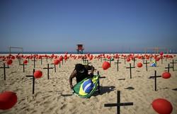 Brasil deve atingir neste sábado um número trágico: 100 mil mortos por Covid (Foto: Mauro Pimentel / AFP)
