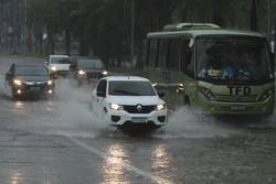 Em apenas um dia, Recife registra mais de 60% das chuvas previstas para todo o mês (Foto: Peu Ricardo / DP FOTO)
