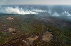 Descontrolado, incêndio no Pantanal ameaça um dos maiores hotéis da região (Foto: ROGERIO FLORENTINO / AFP  )