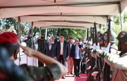 """""""Obstáculos serão vencidos"""", diz Bolsonaro durante cerimônia militar (Foto: Marcos Corrêa/PR)"""
