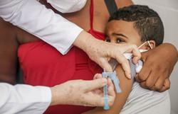 Recife: Vacinação contra Gripe continua até o fim de junho (Foto: Andréa Rêgo Barros/PCR)