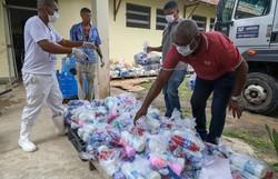 Prefeitura de Jaboatão distribui alimentos e produtos de limpeza em abrigos  (Foto: Chico Bezerra/PJG)