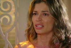 Flor do Caribe: Ester avisa a Doralice e Zuleika que deixará a casa com filhos. Confira o resumo desta segunda