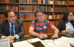 Em live, Bolsonaro diz que não vai privatizar Banco do Brasil (Foto: Reprodução/Facebook)