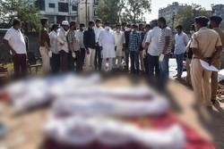 Caminhão mata 15 pessoas que dormiam em estrada na Índia (Foto: AFP)
