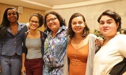Juntas (PSOL) protocolam Projeto de Lei que visa barrar discriminação nos elevadores residenciais e comerciais (Foto: Reprodução/Redes Sociais)