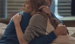Totalmente Demais: Eliza consola Arthur, que se aproxima da jovem com intenção de beijá-la. Confira o resumo desta segunda