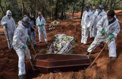Brasil registra 1.437 mortes por Covid-19 em 24h; Total chega a 97.256 (Foto: AFP )