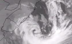 Ciclones parecidos ao que se formou no Sul trazem período mais longo de frio (Foto: Reprodução/Twitter MetSul)