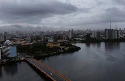 APAC e Defesa Civil do Recife emitem novo alerta de chuvas nas próximas 24h (Foto: Leandro de Santana/Arquivo DP )