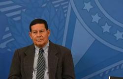 Mourão defende militares na Saúde, mas diz que Pazuello deve sair em agosto (Foto: Ed Alves/CB/D.A Press )