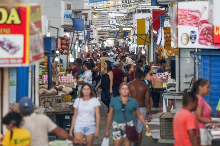 CORONAVÍRUS: Veja as fotos do Mercado Público de Cavaleiro em Jaboatão dos Guararapes