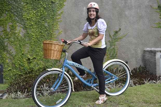 Mariana conheceu a loja responsável pela importação no Brasil e depois recebeu a bicicleta desmontada em casa. Foto: Cristiane Silva/Esp.DP/D.A Press