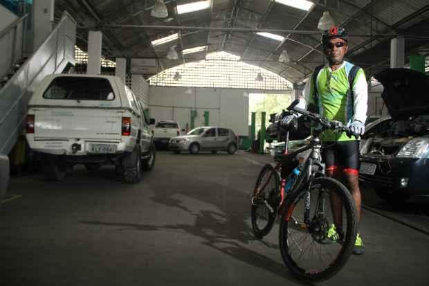 Oreco Félix credita os ganhos na saúde ao costume de andar de de bicicleta. Foto: Arthur de Souza/Esp.DP/D.A Press (Arthur de Souza/Esp.DP/D.A Press)
