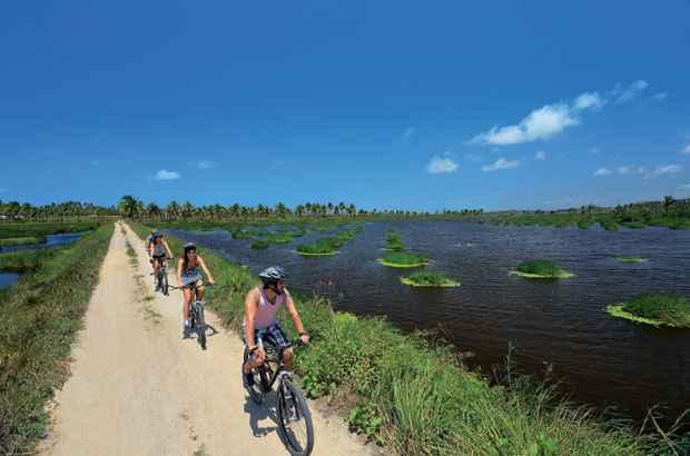 3 km é a distância entre o centro de Porto de Galinhas e a praia de Maracaípe. Foto: Scritta/Divulgação