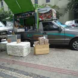 Carro fica na rua Alagoas aos domingos. Foto: Facebook / Reprodução