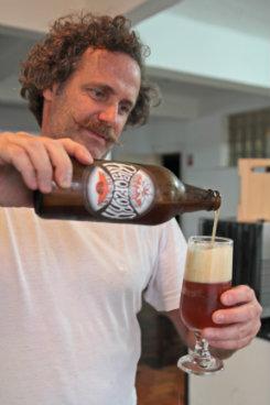 Belmino Correa é fotógrafo e mestre cervejeiro. Foto: Roberto Ramos/DP/D.A Press