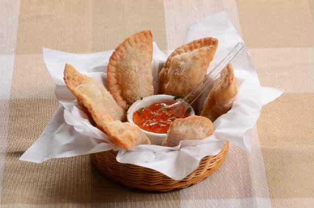 Pastéis de cassoulet - Cia do Chopp (Foto: Roda de Boteco/Divulgação)