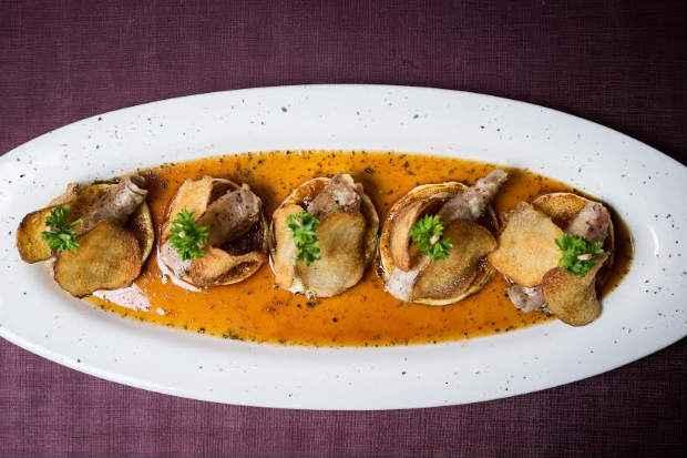 O Involtini é ao molho de ostras. Foto: Fifi/Divulgação