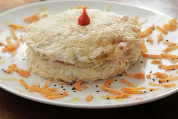 O omelete pode ser recheado também com peito de peru. Foto: Ivan Melo/Esp.DP/D.A.Press