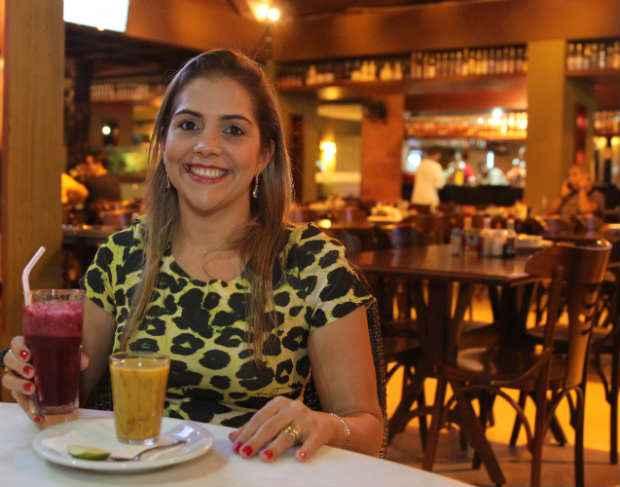 Rafaela Sampaio, no Caldinho do Nenen: viagem do Janga ao Pina. Foto: Nando Chiappetta/DP/ D.A Press.