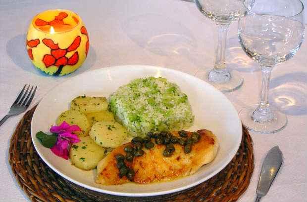 Em Porto de Galinhas, o restaurante Muganga serve o Peixe com alcaparras. Foto: Júpiter/ Divulgação