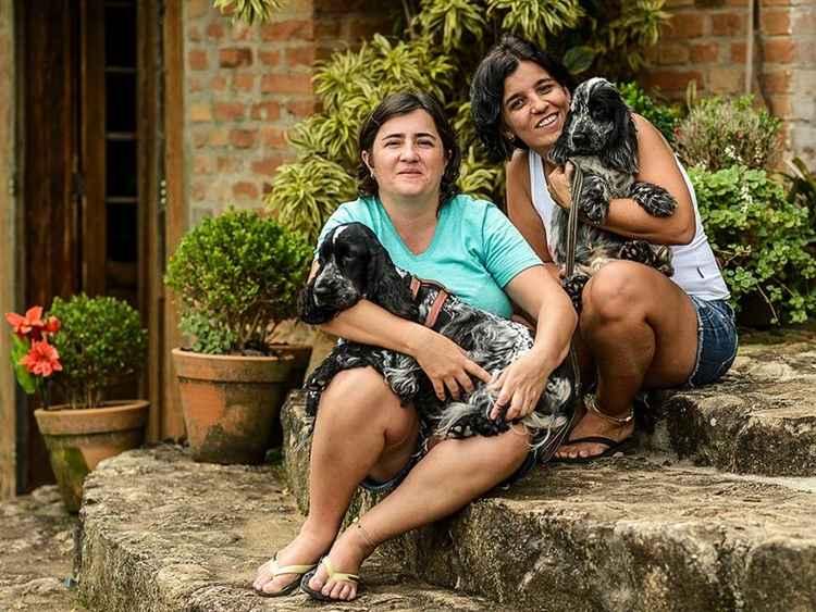 Luciana (E) e Patrícia, do Roteiro Animal: dicas de hotéis para os bichos. Foto: Carlos Aliperti/Divulgação
