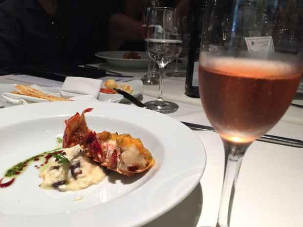 Brut Rosé é o favorito das mulheres e vai bem com frutos do mar grelhados