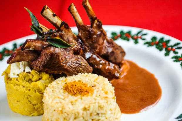 Carré marindo é uma das receitas sugeridas pelo chef para a estação. Foto: César Santos/ Divulgação