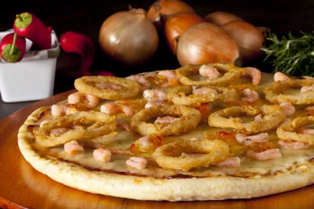 Pizza Caribenha é uma das mais de 20 opções de sabores oferecidas na Pizzaria Atlântico. Foto: Dante Barros/ Divulgação