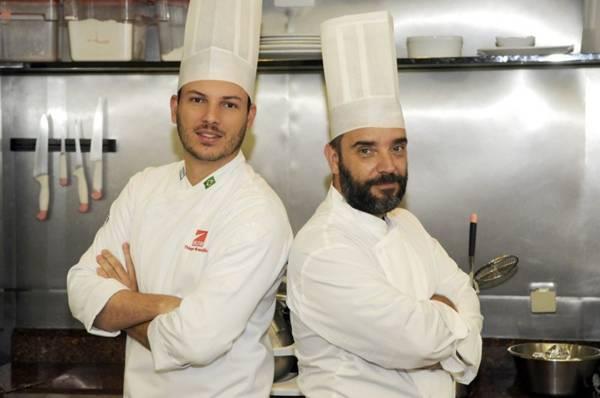 Thiago Soares e Sebastian Parasole defendem diferentes formas de assar as carnes. Foto: Bruno Peres/CB/D.A Press
