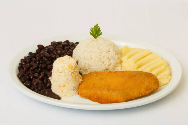 Alcatra à milanesa é uma das opções. Foto: Planetário Fast Food/ Divulgação