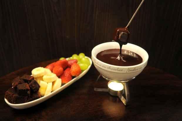 Aposte nas frutas da estação ou bolinhos com o de chocolate