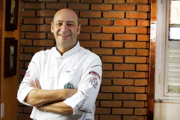 Chef César Santos oferece sete opções de molhos para os crustáceos