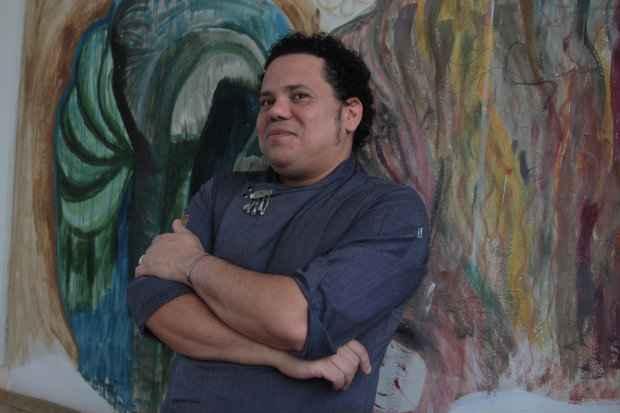 Chef Leandro Ricardo comanda evento com enólogo Carlos Moura. Foto: Roberto Ramos/DP
