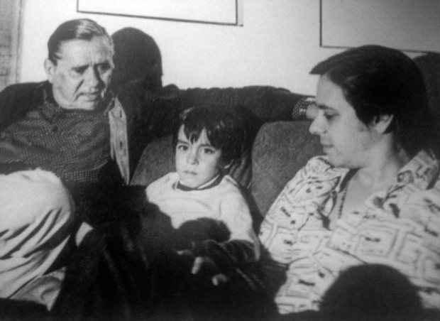 Fernando Lobo em momento familiar com o neto, Bena, e o filho, Edu. Foto: Acervo pessoal