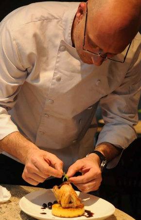 Leo Mendes usa o mirtilo em suas receitas há cerca de 30 anos. Fotos: Ramon Lisboa/EM/D.A.Press