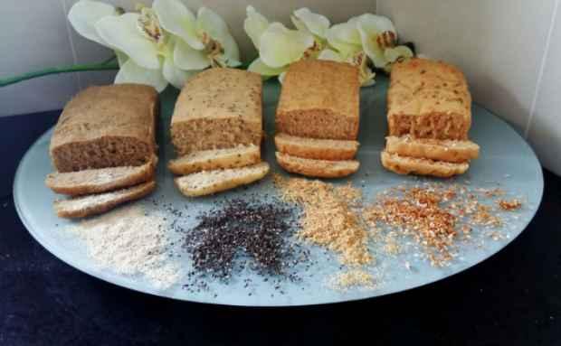 Pães artesanais vem em quatro sabores diferentes: farinha de batata-doce, semente de chia, farinha de linhaça dourada e cebola desidratada. Foto: Radar Comunica/Divulgação.