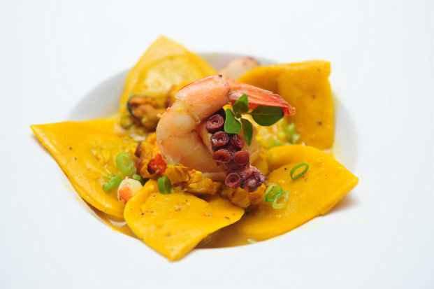 Cliente pode escolher o Ragú de frutos do mar com capeleti de legumes como prato principal no Bennati